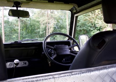 Land Rover 90 interieur