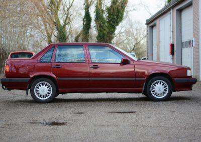 Volvo 850 pearl red rechterkant
