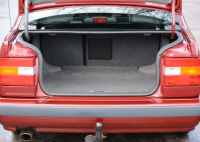 Volvo 850 pearl red kofferruimte