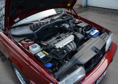 Volvo 850 pearl red motorruimte