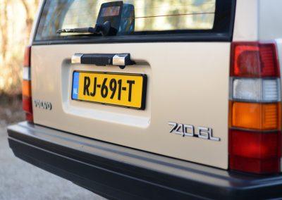 Volvo 745 achterkant
