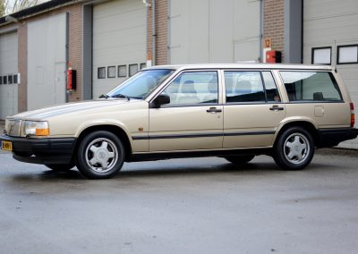 Volvo 745 links