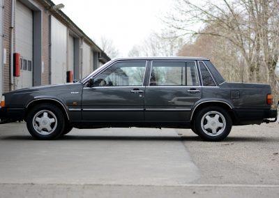 Volvo 740 linker zijkant