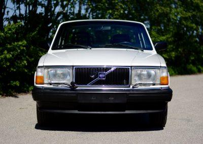 Volvo 244 wit voor
