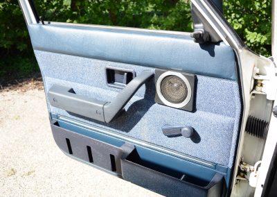 Volvo 244 wit deurpaneel