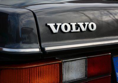 Volvo 244 antraciet logo