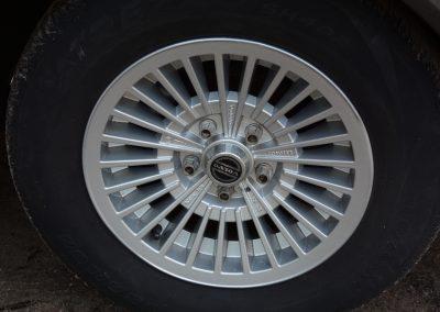 Volvo 244 antraciet Corona