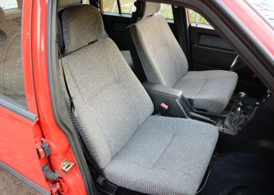Volvo 745 rood interieur