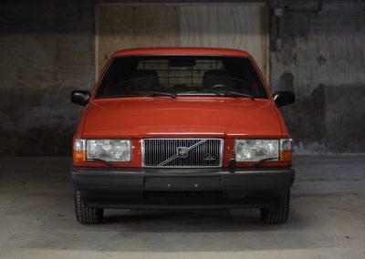 Volvo 745 rood voorkant