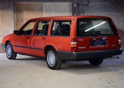 Volvo 745 rood