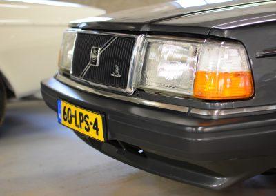 Volvo 244 antraciet voorkant