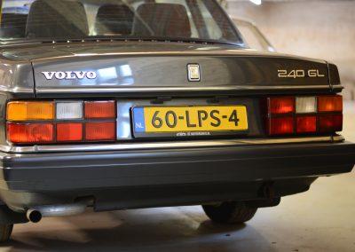 Volvo 244 antraciet achterkant
