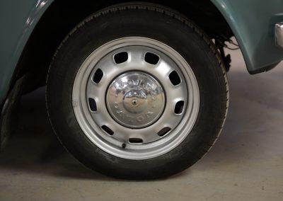 Volvo 144 wiel