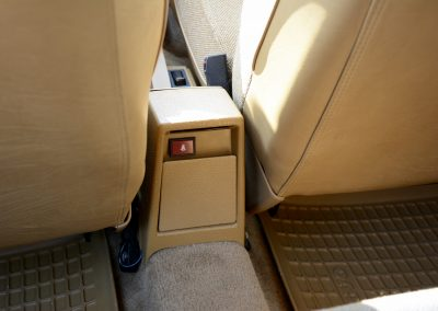Volvo 244 asbak