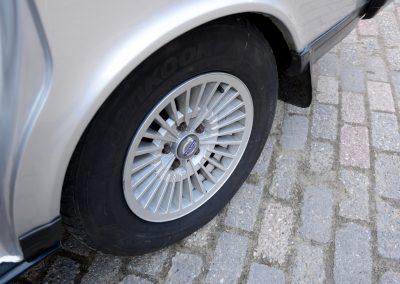 Volvo 245 Polar Corona