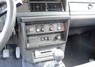 Volvo 245 Polar console