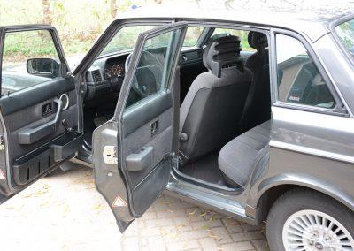 Volvo 244 antraciet