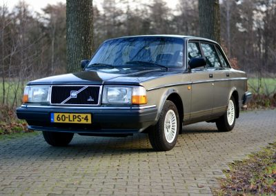 Volvo 244 – 1991 – 134.000 km – NU € 7.500 !!