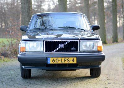 Volvo 244 antraciet voor