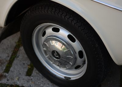 Volvo 142 wiel