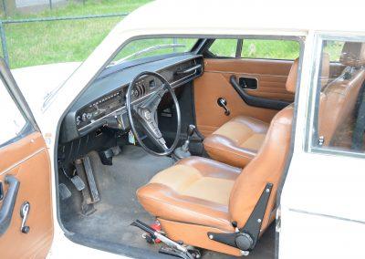Volvo 142 interieur
