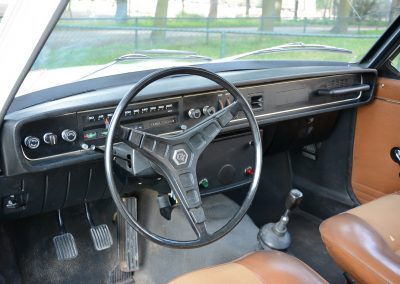 Volvo 142 dashboard