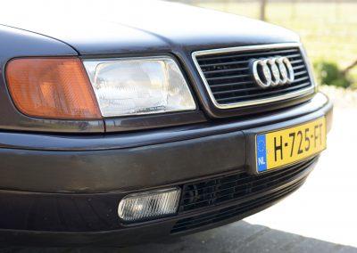 Audi 100 front