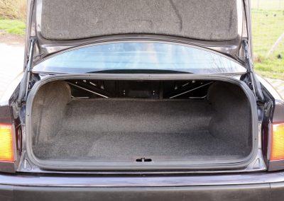 Audi 100 kofferbak